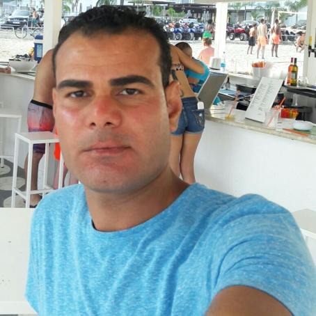 Alex, 37, United Arab Emirates