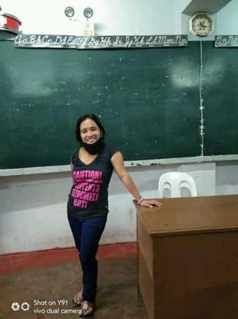 Janice Flores, 36, Philippines