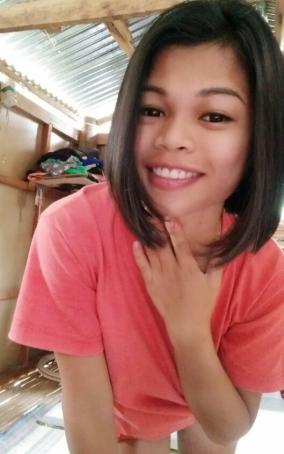 Jhovy, 22, Philippines