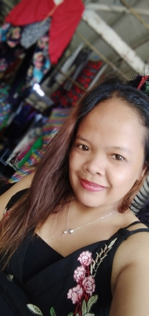Romelyn, 32, Philippines