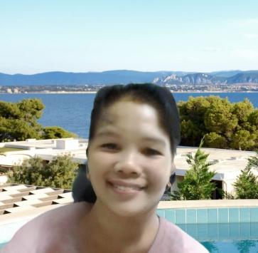 EM-EM, 35, Philippines