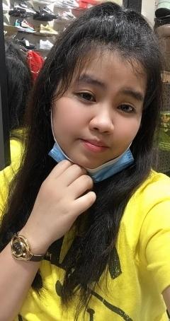 Yam, 28, Philippines