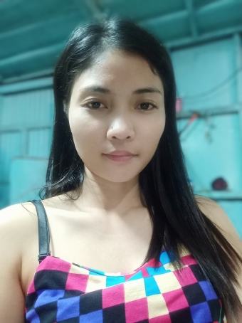 Girlie Cafe, 31, Philippines
