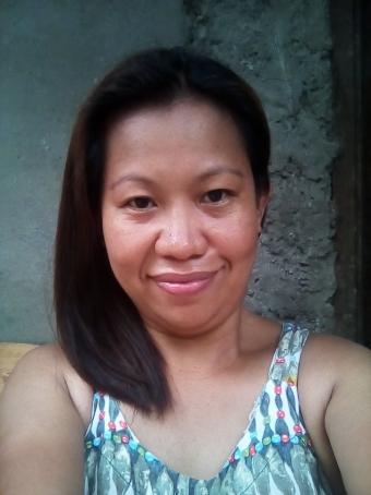 Maila, 38, Philippines