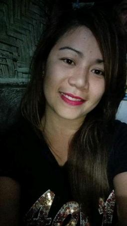Lin, 30, Philippines