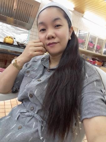 Rosalie Oliverio, 36, Philippines