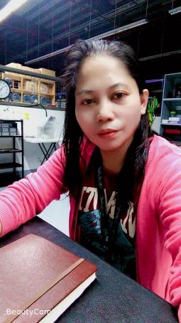 Mariza Vinas, 47, Philippines