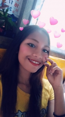 Han Yiee, 18, Philippines