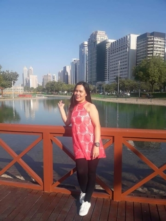 Jenesis, 32, United Arab Emirates