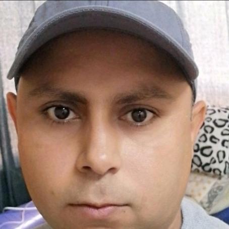 Changaiz, 35, United Arab Emirates