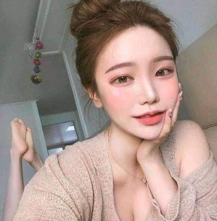 Nintildea, 24, Thailand