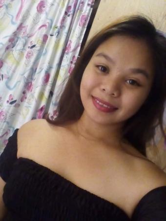 Mae Lopez, 22, Philippines